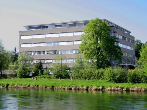 Nähe Ausfahrt Dietikon/Urdorf, Lager-/Gewerberäume zu vermieten