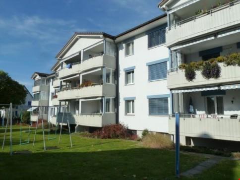 neu renovierte 4-Zimmerwohnung 2. Stock rechts, 4934 Madiswil