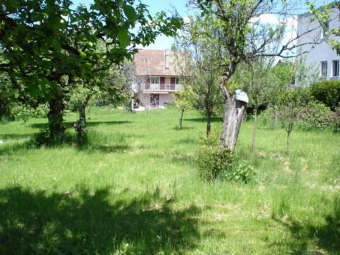 Porrentruy, propriété avec 2000 m2 de terrain