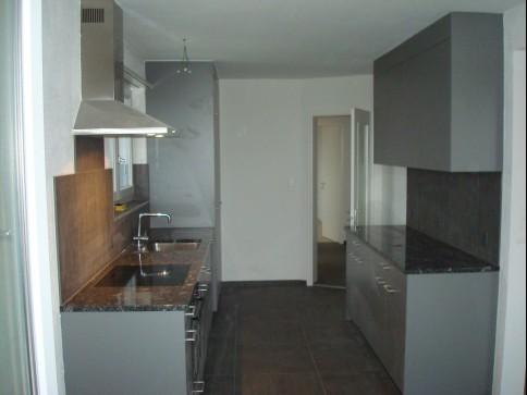 Renovierte 3 1/2 Zimmer-Wohnung in Siebnen