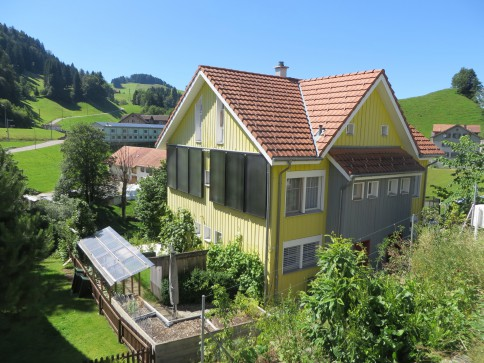 sonnig gelegenes 5 1/2-Zimmer-Doppeleinfamilienhaus