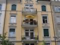Stilvolle, geräumige, und sonnige 4-Zimmer-Wohnung in Jugenstilhaus