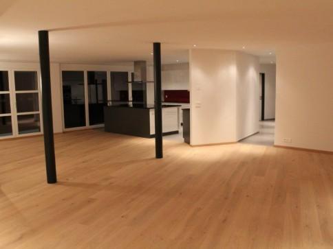 TOP exklusive 6-Zimmer-Luxuswohnung nähe Murtensee