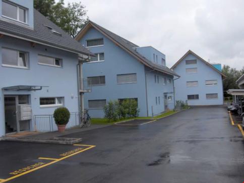"""""""Am Bach"""" in Derendingen, grosse 3 1/2-Zimmer Duplex-Dachwohnung"""