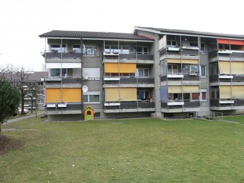 2.5 Zimmerwohnung mit Balkon in Murten