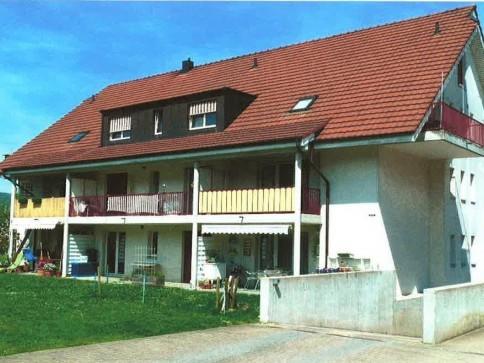2-Zimmer-Dachwohnung in Wahlen (BL)