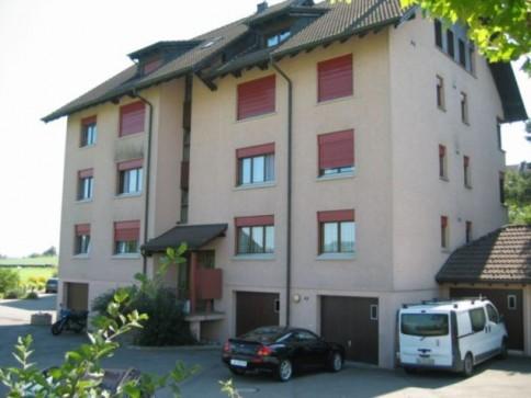 210 / 4.5-Zimmer-Wohnung