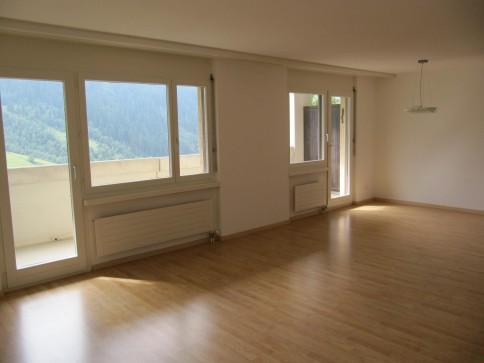 3.5-Zimmer-Wohnung mit 2 Balkonen zur Dauermiete