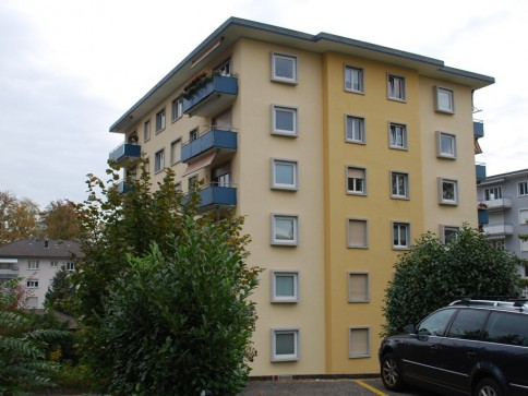 4 1/2-Zimmerwohnung im 2. Stock