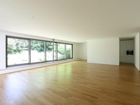 4.5-Zimmerwohnung auf dem Bruderholz mit eigenem Gartensitzplatz