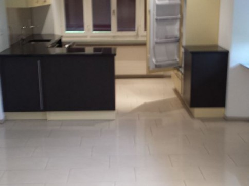4-Zimmer-Parterre-Wohnung mit Gartensitzplatz zu vermieten