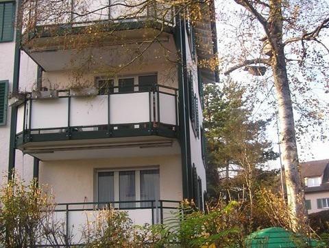 4-Zimmer Wohnung in ruhigem Wohnquartier auf der bevorzugten Breite