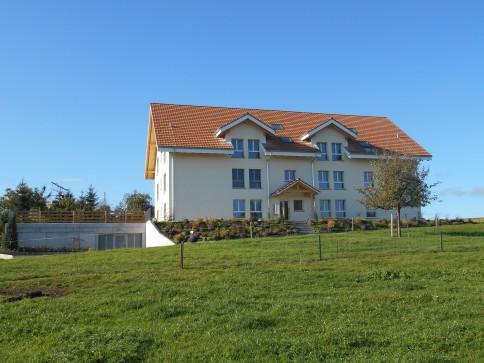 6-Familienhaus, Juraweg, 3283 Kallnach 5 1/2 Wohnungen