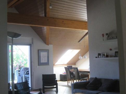 Appartement en attique à louer à Borex (5.5 pièces)