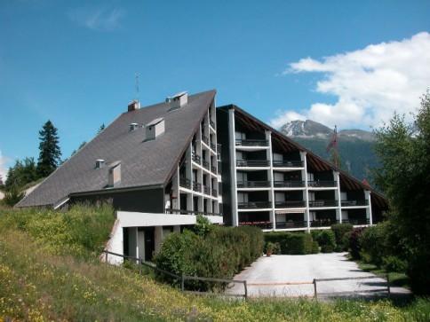 Appartement spacieux plein sud avec deux balcons