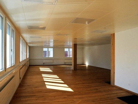 Atelier / Büro /immoilien - Verwaltungen/Physiotherapie/Treuhand.