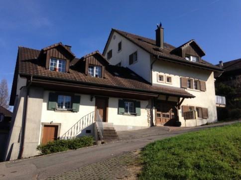 Attika-Maisonettewohnung in liebevoll umgebautem Bauernhaus