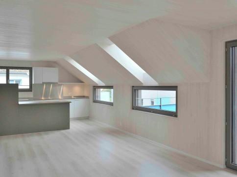 Attraktiv Wohnen im modernen Holzhaus