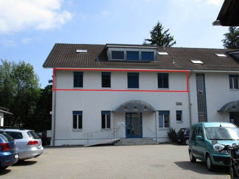 Büroräumlichkeiten in gepflegtem Geschäftshaus