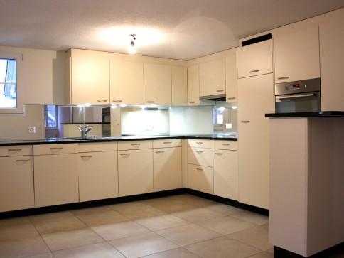 Charmante und sanierte 4,5-Zimmer-Altbauwohnung in Buochs
