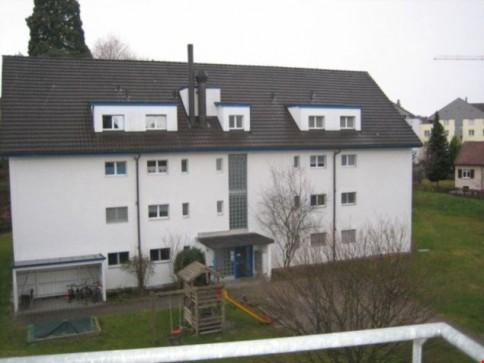 Coole, Zentralgelegene 2-Zimmer-Dachwohnung mit grosszügiger Galerie
