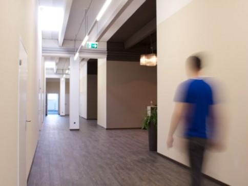 durchdachtes Konzept macht Lust auf Arbeiten - Büro 60 m2