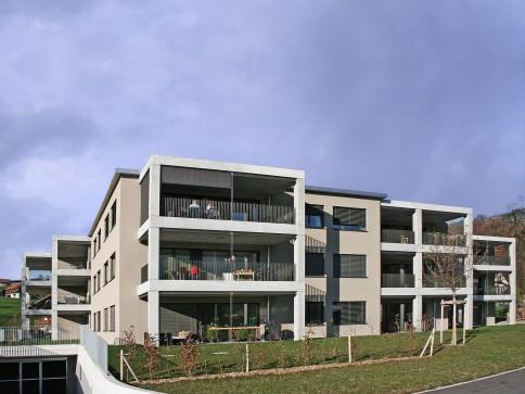 Exklusive moderne, grosse 3.5-Zimmer-Wohnung