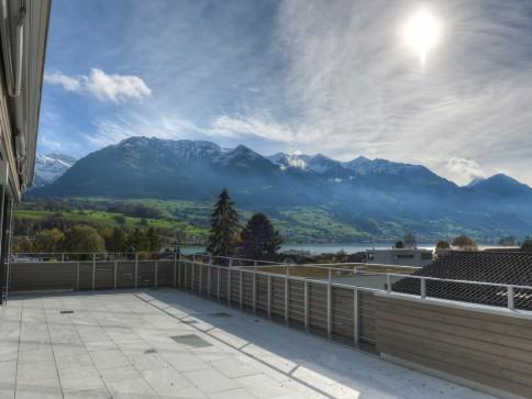 Exklusives Wohnen mit fantastischer See- und Bergsicht