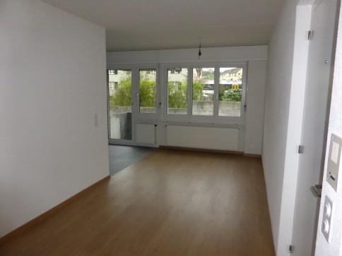 Frisch renovierte 4,5 Zimmer Wohnung