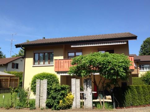Gepflegtes 5 1/2-Zimmer-Einfamilienhaus mit Garage und Abstellplätzen