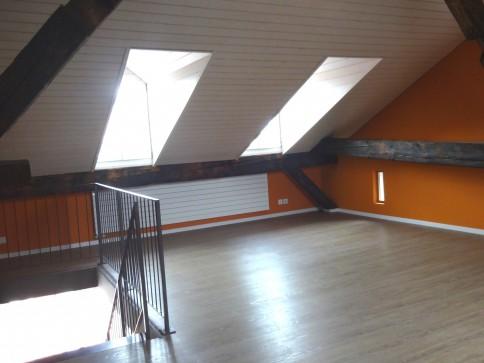 Grosszügige 3.5-Zimmer-Dachwohnung auf 2 Etagen in der Altstadt