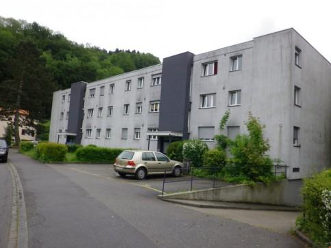 grosszügige 3.5-Zimmerwohnung im Erdgeschoss