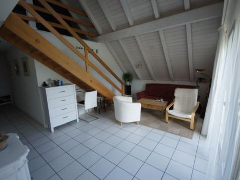 Grosszügige 4.5-Zimmer-Dachwohnung mit Galerie und sep. Waschküch
