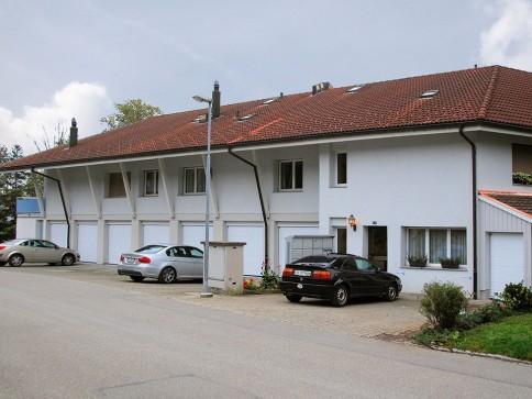 Grosszügige, ruhige 4 1/2-Zimmer-Wohnung mit herrlicher Aussicht