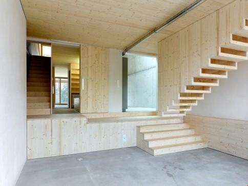 Haus im Loftstyl mit Raumhöhe bis zu 6m!