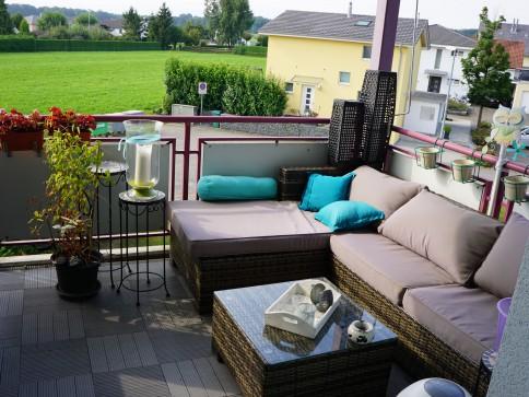 Helle Wohnung in ruhigem Quartier mit 2 Balkonen