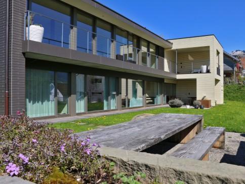 Hochwertiges 5.5 Zimmer-Einfamilienhaus an herrlicher Wohnlage!