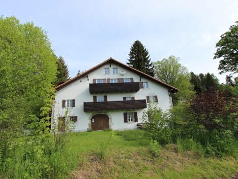 In einem geschmackvoll umgebauten ehemaligen Bauernhaus