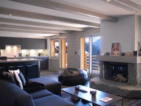 Joli Soleil 335 - magnifique duplex rénové au départ de Médran