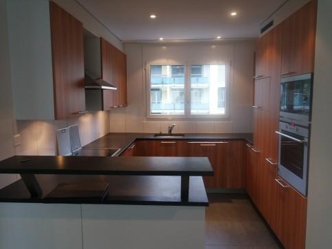 Luxuriöse schöne 3.5-Zimmer Wohnung im 2. OG