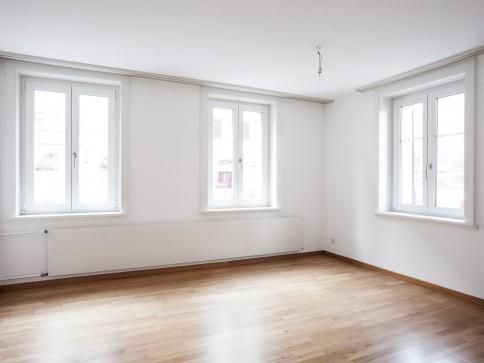 Moderne 2 Zimmer Wohnung an zentraler Lage
