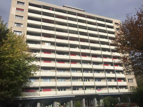 Moderne 3-Zimmer-Wohnung mit Blick auf die Alpen