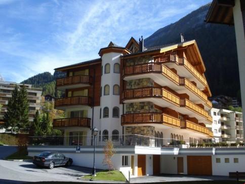 moderne 3 Zimmerwohnung mit Terrasse 80 m2