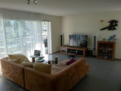 moderne 4.5-Zimmerwohnung mit Terrasse in zentraler Lage
