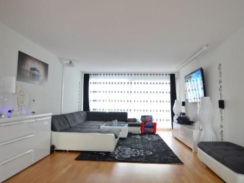 moderne & grosszügige Wohnung an idealer Lage