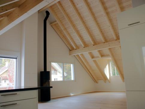 Moderne luxuriöse Dachwohnung