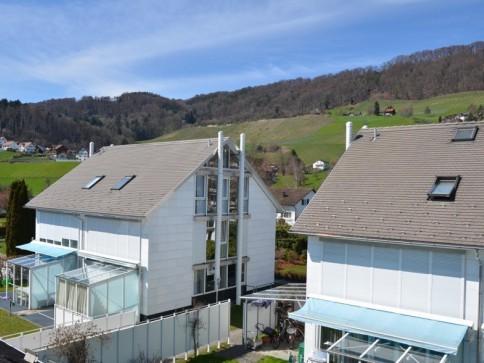 Modernes 6.5-Zi-Einfamilienhaus an zentraler Lage zu vermieten