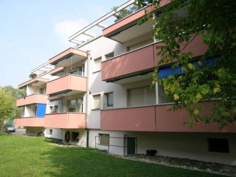 Nähe Surbaum in kleinerem Mehrfamilienhaus