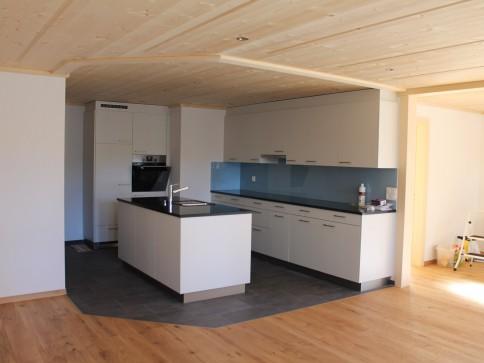 Neu renovierte 3 1/2 Zimmer-Wohnung