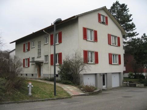 Neu renovierte 3.5 Zimmer Wohnung, ideal gelegen zu Bahnhof + Zentrum
